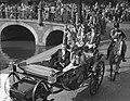 Staatsbezoek Franse president Coty aan Nederland. Amsterdam, middag rijtoer, ri…, Bestanddeelnr 906-6082.jpg