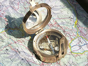 Compass with inclinometer