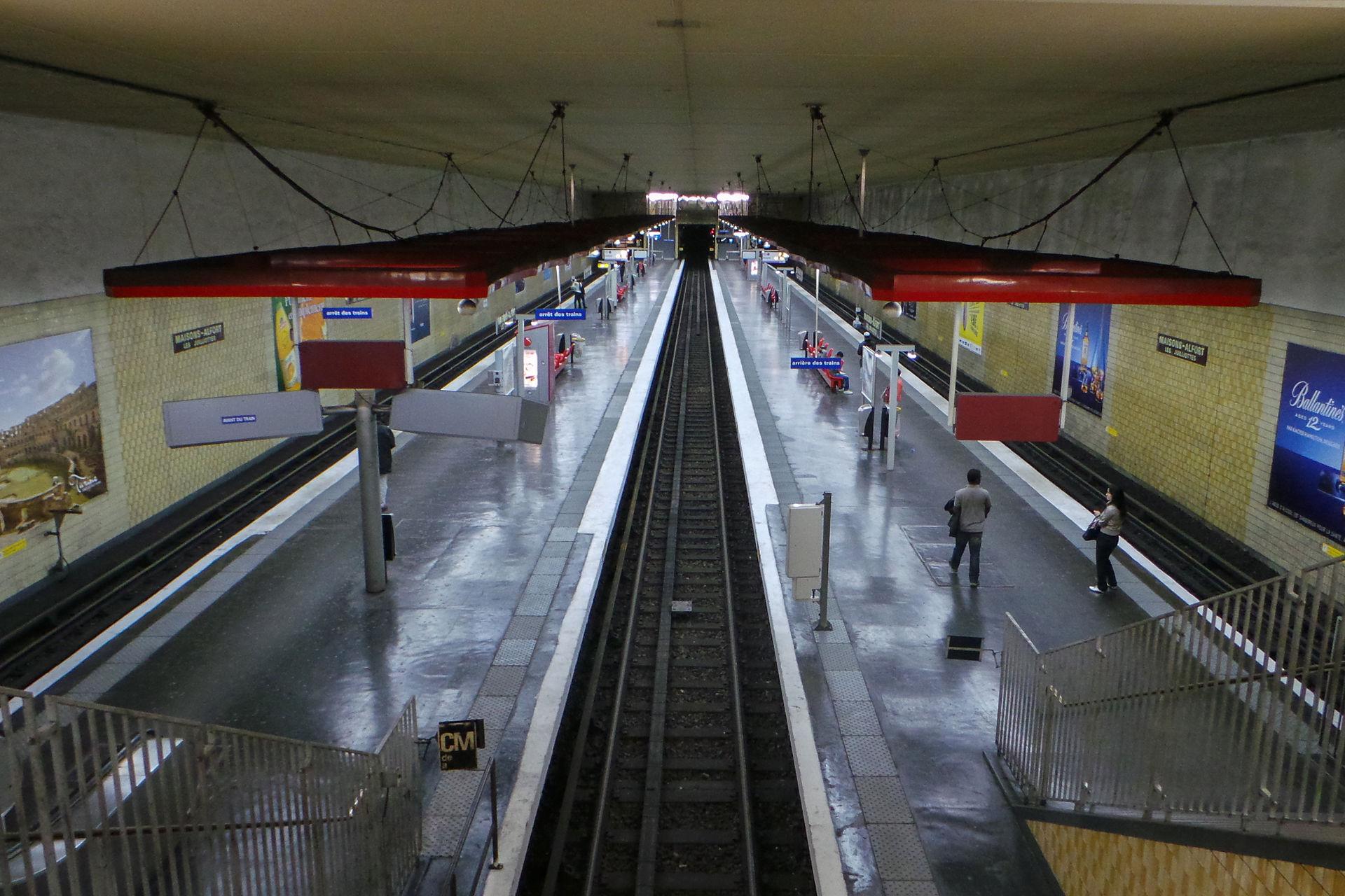 Maisons alfort les juilliottes paris m tro wikipedia - Porte de charenton metro ...