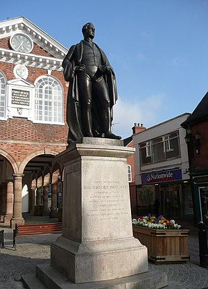 Tamworth, Staffordshire - Statue of The Right Honourable Sir Robert Peel