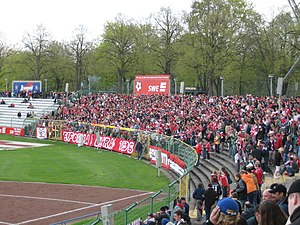"FC Rot-Weiß Erfurt - Stand 3, home of ""Erfordia Ultras"""