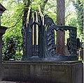 Stepankova grave Olsany Prague.jpg