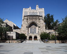 Sterling Memorial Library 1, September 1, 2008.jpg
