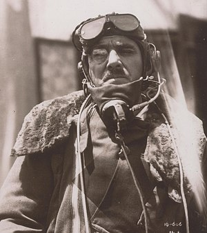 Stewart Blacker in flying gear 1933.jpg