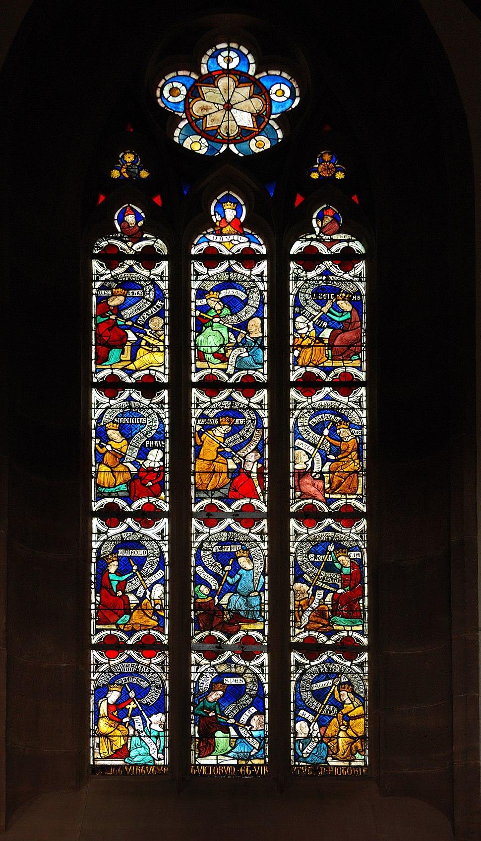 Stiftskirche Niederhaslach Glasfenster (Kampf der Tugenden mit dem Laster)