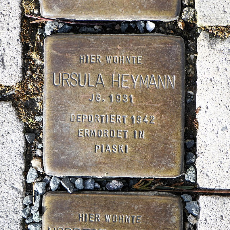 Stolperstein für Ursula Heymann, Heinrich-Heine-Strasse 12, Freiberg.JPG