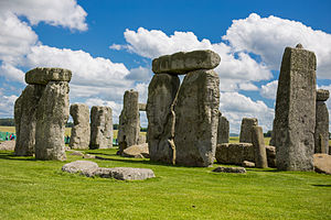 The Amazing Race 17 - The famous prehistoric monument of Stonehenge in England was served as the first destination of The Amazing Race 17.