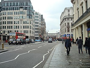 Strand, London - Strand at Charing Cross in 2008, looking towards Trafalgar Square and Admiralty Arch