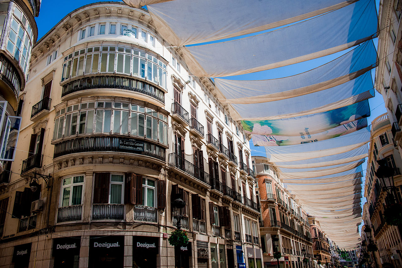 File streets of m laga under cover of tents andalusia spain southeastern - Fotos malaga capital ...