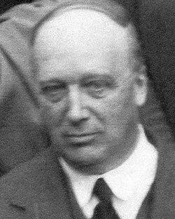Strutt,Robert,4th Baron Rayleigh 1934 London.jpg