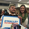 Student supporters for Democratic presidential candidate Martin O'Malley rally in Des Moines, Iowa.jpg