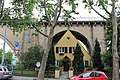 Stuttgart Haus unter Brücke.jpg
