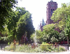 Stuyvesant Square fountain St. George Church.jpg