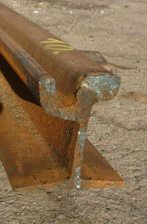 Tramway track - Cross section of a grooved tram rail