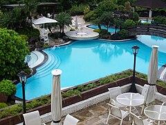 Tagaytay Highlands pool area.jpg