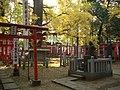 Takeyoshi Inari Shrine (武芳稲荷堂) in Kishimojin Hall (鬼子母神堂) of Homyo-ji (法明寺) - panoramio.jpg