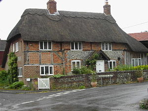 Froxfield - Image: Thatched cottage at Froxfield geograph.org.uk 192056