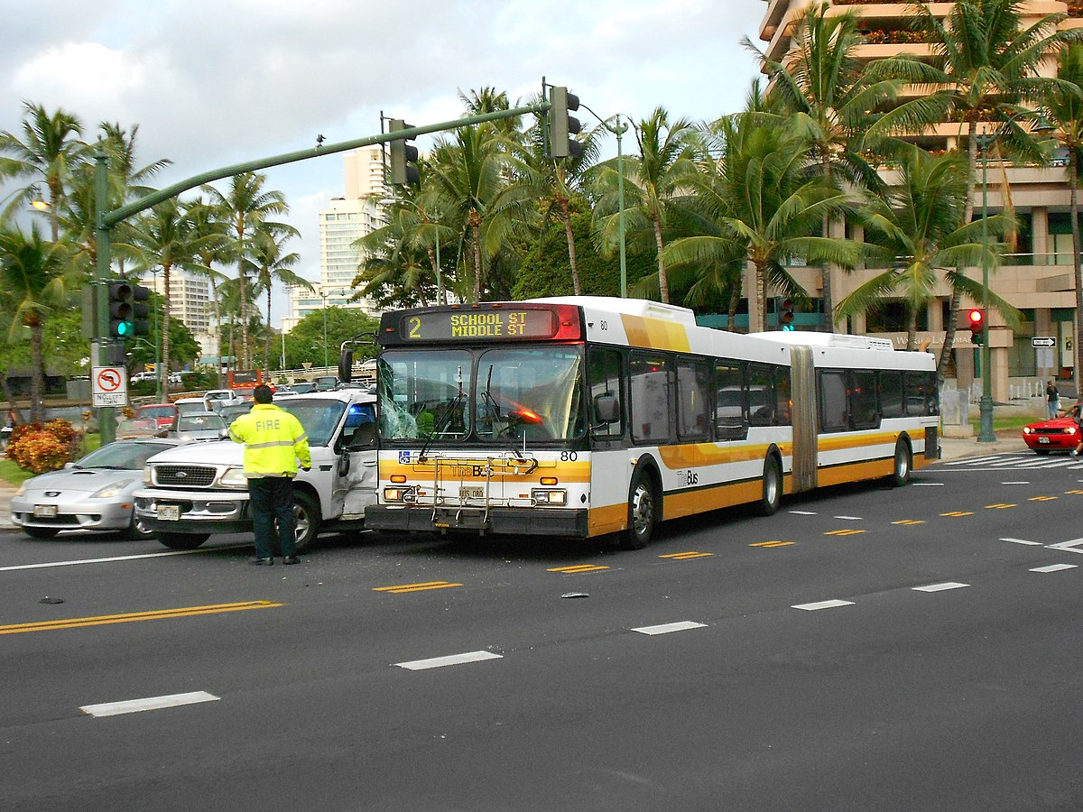 TheBus New Flyer D60LF (080) on Kalakaua Avenue (Accident) 2011-05-14.jpeg