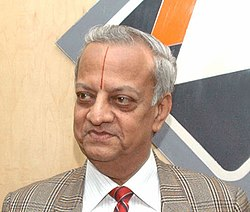 The Chief Election Commissioner, Shri N. Gopalaswami announcing the schedule for the Lok Sabha polls, at a Press Conference, in New Delhi on March 02, 2009 (cropped).jpg