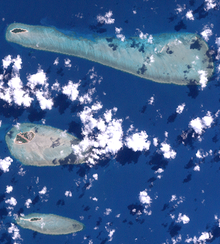 The Three Sisters, Torres Strait (Landsat).png