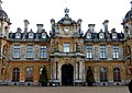 The entrance to Waddesdon Manor (geograph 5239630).jpg