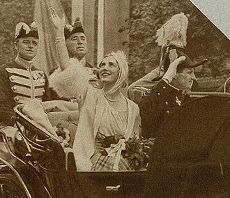 Ingrid of Sweden - The newly married royal couple at their arrival in Copenhagen in 1935