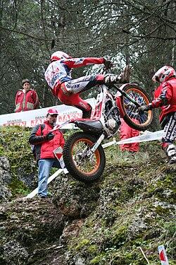 Toni Bou 2007FIM R1a.jpg