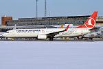 Turkish Airlines, TC-JYP, Boeing 737-9F2 ER (24925129124).jpg