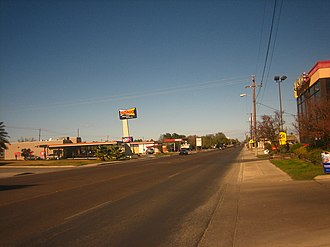 Carrizo Springs, Texas - Image: U.S. Highway 83 in Carrizo Springs, TX IMG 1997