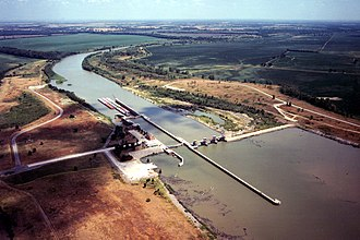 Verdigris River - Image: USACE Newt Graham Lock and Dam