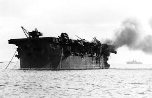 USS Independence (CVL-22) burning