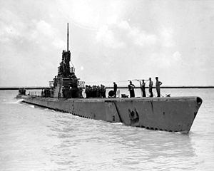 Lapon (SS-260) arriving home after another patrol, c. 1945.
