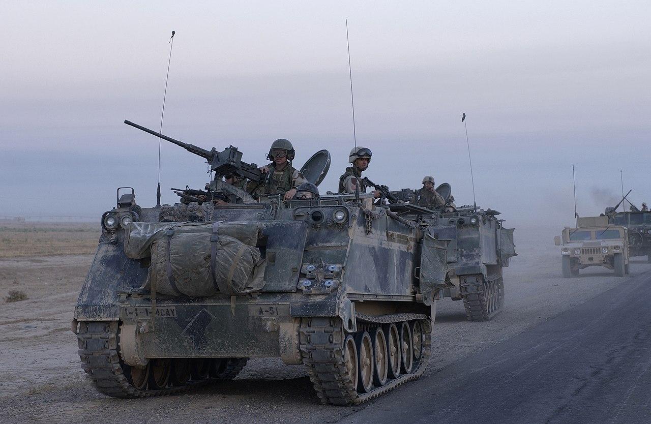 قوات التدخل السريع المصرية 1280px-US_M113_in_Samarra_Iraq