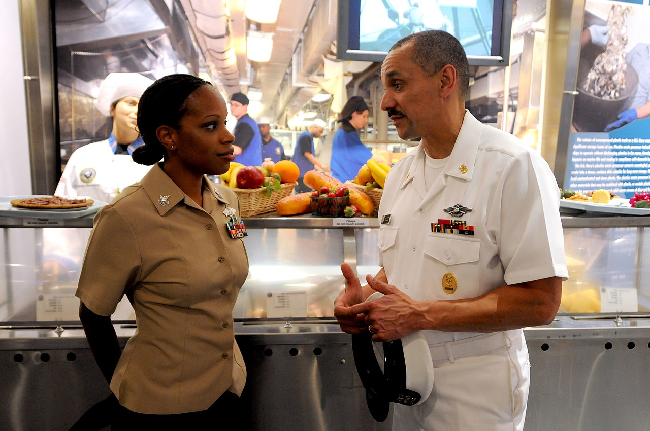 File:US Navy 100720-N-9818V-260 Navy Reserve Sailor of the Year ...