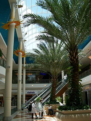 Mall of Louisiana - Image: Uplanet 012