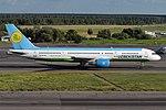 Uzbekistan Airways, UK75704, Boeing 757-231 (30338432738).jpg