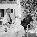 V.l.n.r. Hermann Kreisselmeier en Walter Mehring zittend op een terras, Bestanddeelnr 254-5045.jpg