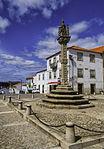 Vila Nova de Foz Coa Pelourinho (13469384744).jpg