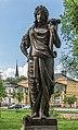 Villach Peraustraße Schillerpark Statue der Amaltheia mit Füllhorn 28052018 3454.jpg