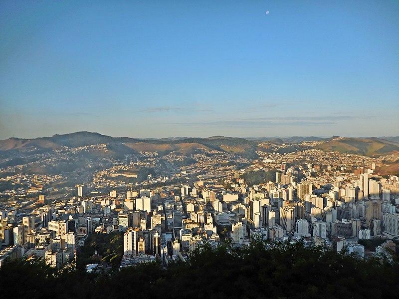 File:Vista de Juiz de Fora MG a partir do Morro do Imperador.JPG