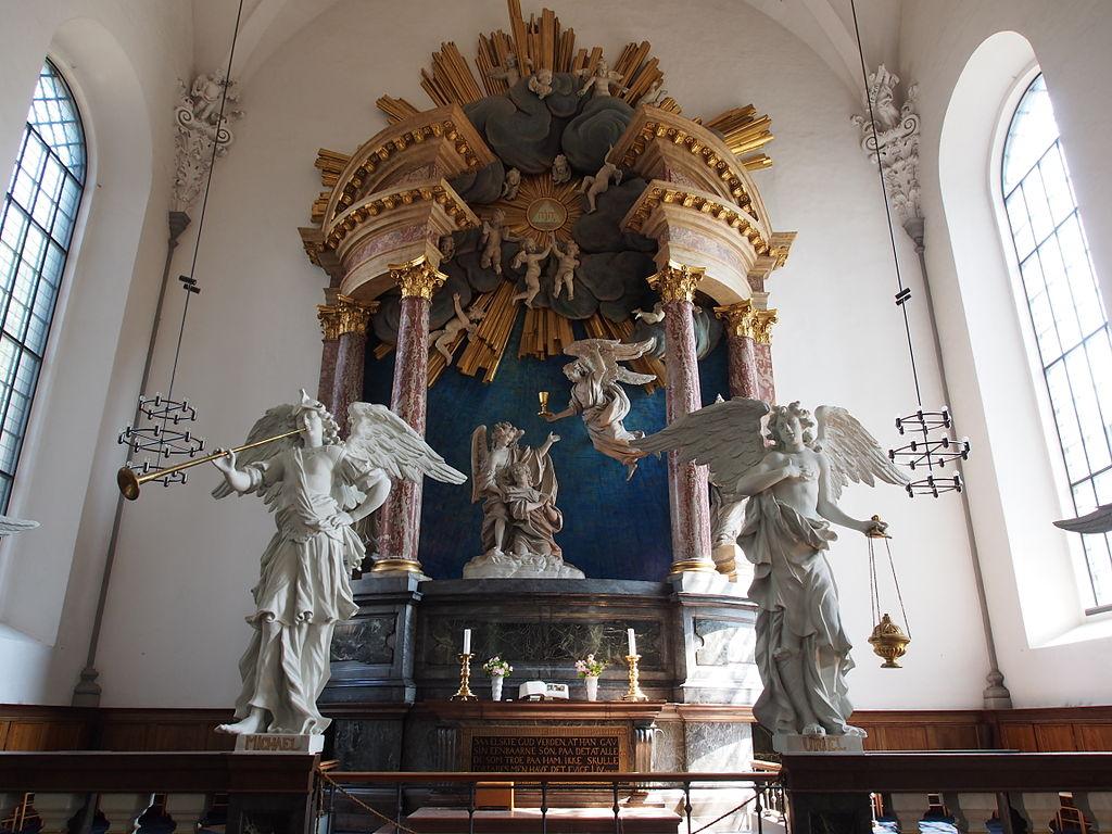 Autel baroque de l'église Saint Sauveur à Copenhague.