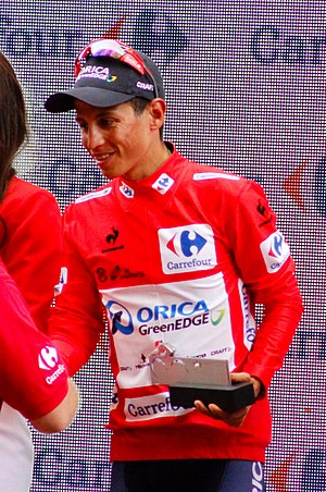 Esteban Chaves - Chaves wearing the leader's Red Jersey at the 2015 Vuelta a España