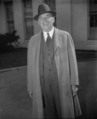 Walter P. Chrysler at White House.png