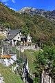 Weiler Sponda oberhalb des Valle Verzasca.jpg
