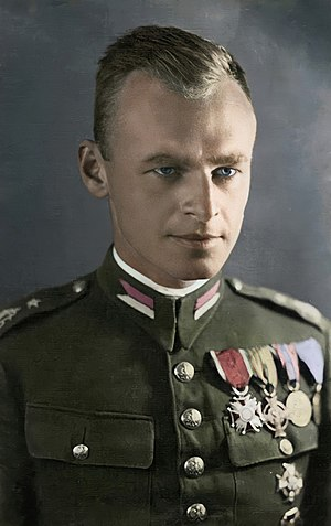Witold Pilecki - Pilecki in a colorized pre-1939 photo