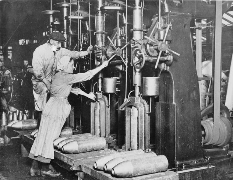 File Women Working In The Munitions Industry During The