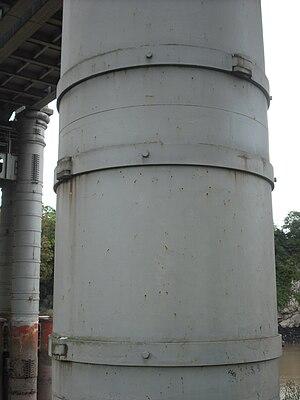 Cylinder stress - Image: Wrought iron straps, Chepstow Railway Bridge
