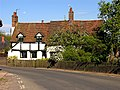 Yattendon, Cottage - geograph.org.uk - 8739.jpg