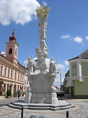 Zistersdorf - Plague column in Zistersdorf.