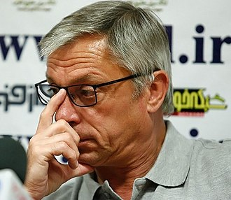Zlatko Kranjčar - Kranjčar in press conference before a Hazfi Cup match in 2013